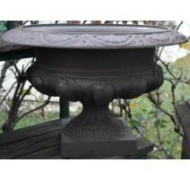 Vase Medicis en fonte brune