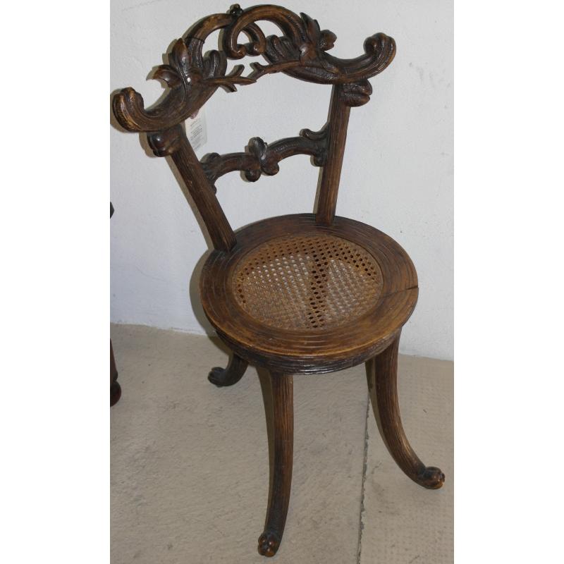 Chaise en noyer sculpt et si ge cann moinat sa for Chaise 19eme siecle