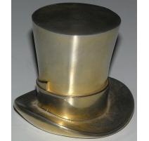 """Sculpture """"Chapeau"""", en bronze gravé"""