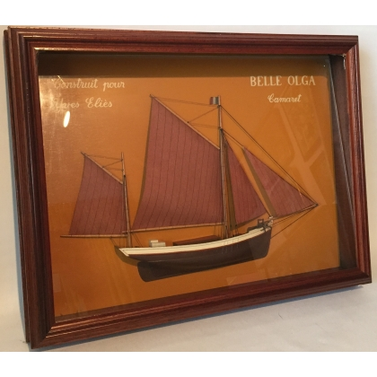 Tableau Maquette de voilier demi-coque
