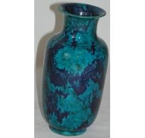 Vase en porcelaine bleue marbré