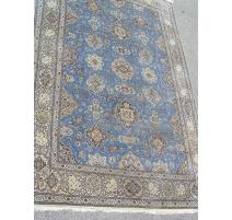 波斯地毯、羊毛和真丝的。