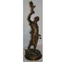 """Sculpture """"Le fauconnier"""", signée P.J."""