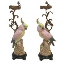 Par de candelabros de bronce