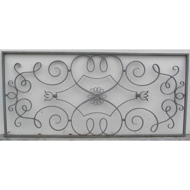 grille en fer forg art d co grise sur moinat sa antiquit s d coration. Black Bedroom Furniture Sets. Home Design Ideas