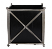 Large Planter square plate black