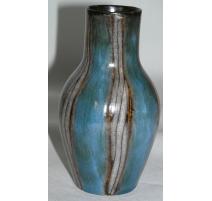 Vase, en céramique bleu-gris-brun.