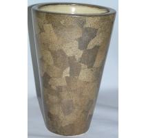 Vase brun, en coquille d'oeuf. France.