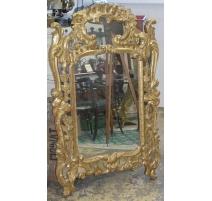 Miroir Louis XV, en bois richement