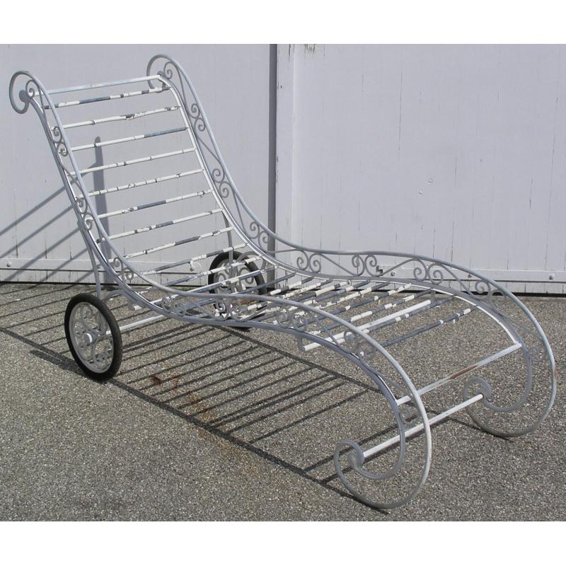 chaise longue d 39 ext rieur en fer forg sur moinat sa. Black Bedroom Furniture Sets. Home Design Ideas