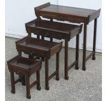 Лот 4 комплект столиков красного дерева.