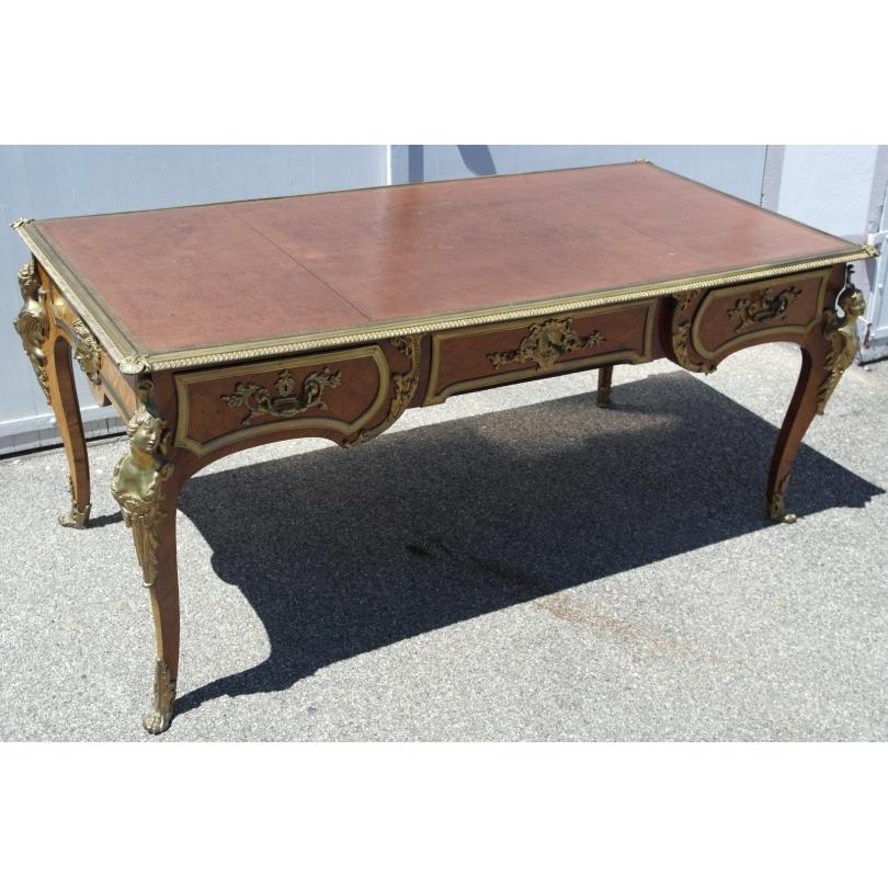 Bureau style Louis XV-Régence, en bois