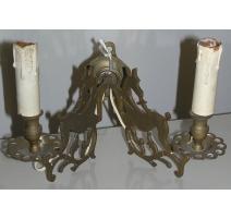 Applique à deux lumières, en bronze.