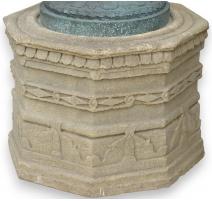 Paire de socles octogonaux en pierre taillée