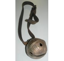 Grelot, en bronze. Suisse. 20ème siècle.