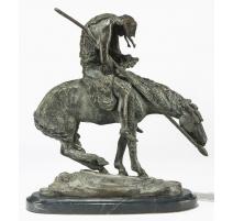 """Sculpture """"La fin de la piste"""", en bronze."""