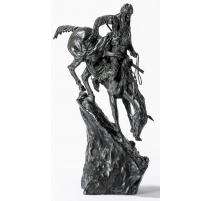 """Sculpture """"The Mountain man ou l'Indien""""."""