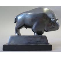 "Sculpture ""Taureau"", signée Pierre BLANC."