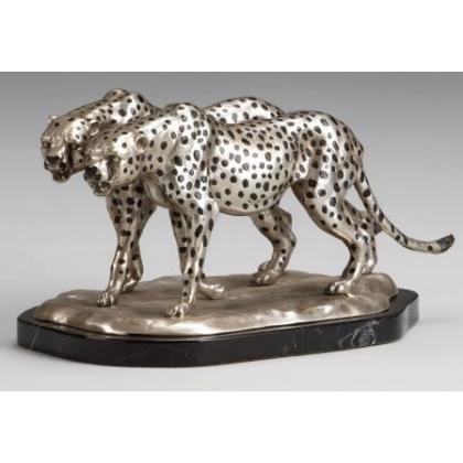 """Bronze """"Couple de Guépards rôdant"""" argenté"""