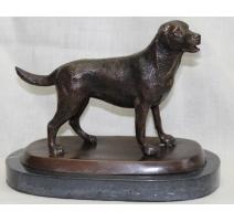 "Bronze ""Labrador"", socle marbre noir"
