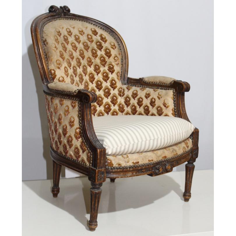 petite berg re gondole style louis xvi sur moinat sa antiquit s d coration. Black Bedroom Furniture Sets. Home Design Ideas