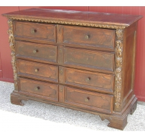 Baroque chest with 4 drawers.