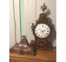 Clock Louis XV, painted Martin red background