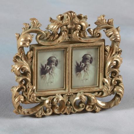 cadre photo double style baroque dor sur moinat sa antiquit s d coration. Black Bedroom Furniture Sets. Home Design Ideas