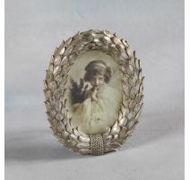 "Marco de imagen oval ""Corona de laureles"" de la plata"