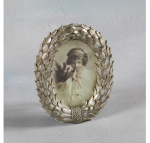 "Picture frame oval ""Crown of laurels"" silver"