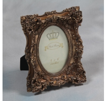 "Photo frame, interior oval ""Rose"", golden"