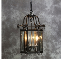 灯笼、六角形的黑色金属和铬