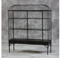 Grande cage à oiseau avec étagères