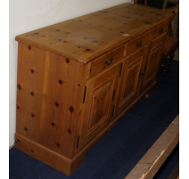 Buffet in fir wood with 3 doors and 3 drawers