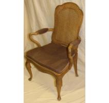 Lot de 4 fauteuils et 2 chaises cannées