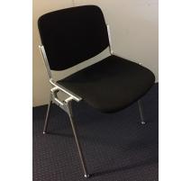 Chaise modèle Plia par PIRETTI pour CASTELLI