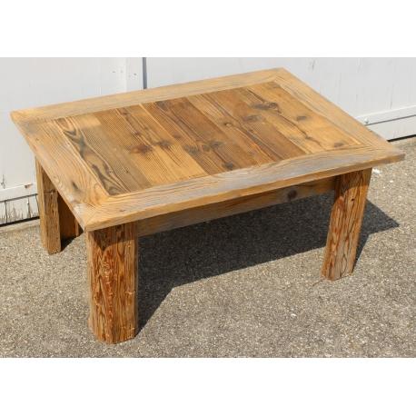 Table basse en vieux bois avec plateau ouvrant sur Moinat SA ...