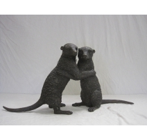 Couple de suricates en bronze