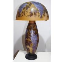 "Grande Lampe style GALLÉ ""Glycine"" en verre"