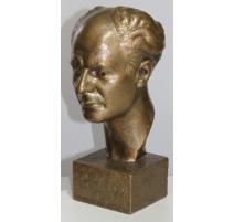 Buste d'un homme en bronze signé Fr. SCHMIED