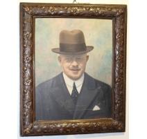 """Tableau portrait """"Homme au chapeau"""" signé VIAROZ"""
