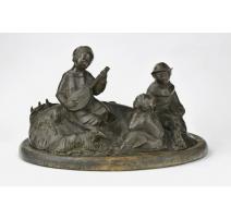 """Groupe en bronze """"Enfants écoutant la mandoline"""""""