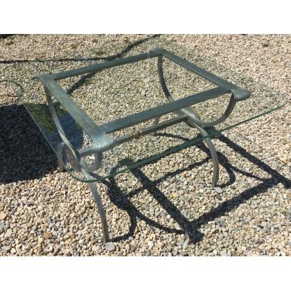 Table bout de canapé en fer et verre