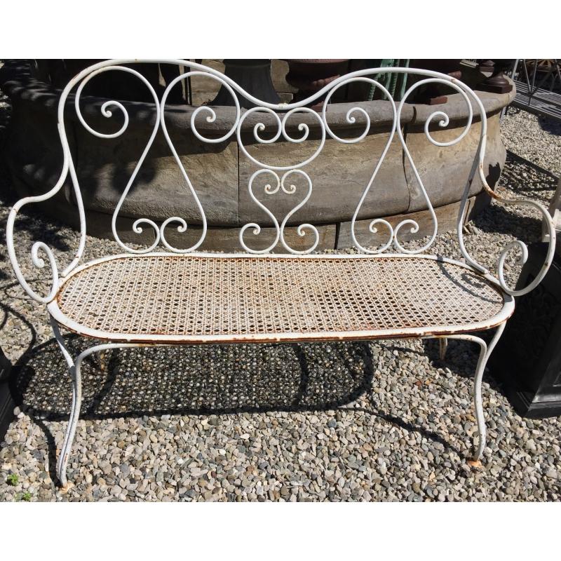 banc droit en fer forg blanc sur moinat sa antiquit s d coration. Black Bedroom Furniture Sets. Home Design Ideas