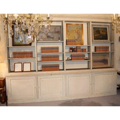 Bibliothèque style Louis XVI peinte beige
