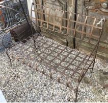 Canapé de jardin en fer forgé