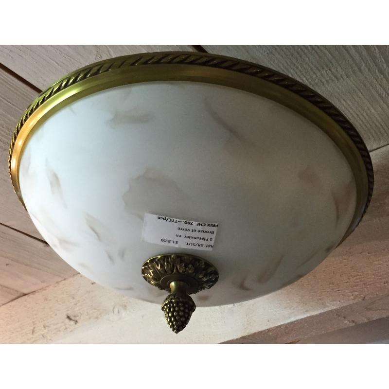 plafonnier en bronze et en verre sur moinat sa antiquit s d coration. Black Bedroom Furniture Sets. Home Design Ideas