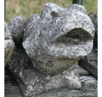 """Sculpture en pierre """"Crapaud"""""""