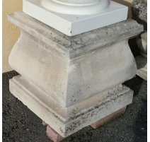 Socle en pierre