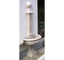 Fontaine demi-lune avec boulle